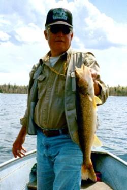 Glen - 25 inch Walleye