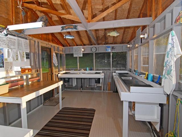 Fish house-e