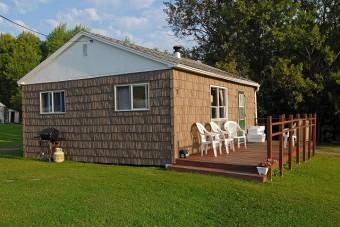 Cabin 3 exterior-edit